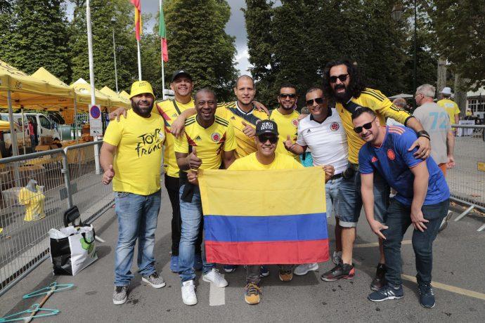 Les supporters 🇨🇴 Colombiens 🇨🇴 sont là pour soutenir Egan Bernal actuel détenteur du maillot jaune !