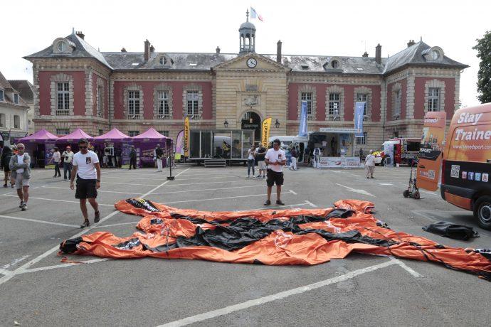 La place de la Libération se prépare ©Daniel Osso