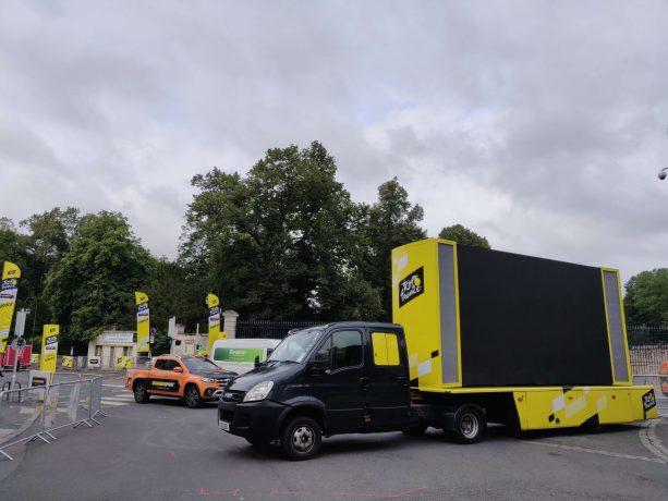 Installation du Tour de France dans la Ville